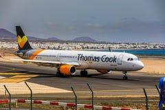 ARECIFE, ΙΣΠΑΝΙΑΣ - 15 ΑΠΡΙΛΙΟΥ, 2017: Airbus A321 του Thomas Cook με Στοκ φωτογραφίες με δικαίωμα ελεύθερης χρήσης