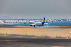 ARECIFE, ΙΣΠΑΝΙΑΣ - 16 ΑΠΡΙΛΙΟΥ, 2017: Boeing 757-300 του κόνδορα με το τ Στοκ φωτογραφία με δικαίωμα ελεύθερης χρήσης