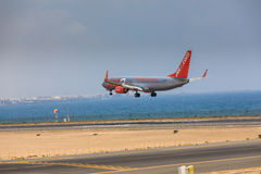 ARECIFE, ΙΣΠΑΝΙΑΣ - 16 ΑΠΡΙΛΙΟΥ, 2017: Boeing 737-800 Jet2 με Στοκ Φωτογραφία