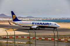 ARECIFE, ΙΣΠΑΝΙΑΣ - 15 ΑΠΡΙΛΙΟΥ, 2017: Boeing 737-800 RYANAIR με Στοκ Εικόνες