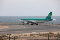 ARECIFE, ESPAÑA - ABRIL, 15 2017: Airbus A320 de Aer Lingus en el La Fotos de archivo