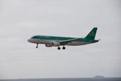 ARECIFE, ESPAÑA - ABRIL, 15 2017: Airbus A320 de Aer Lingus listo Foto de archivo libre de regalías