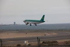 ARECIFE, ESPAÑA - ABRIL, 15 2017: Airbus A320 de Aer Lingus listo Imagen de archivo libre de regalías