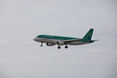 ARECIFE, ESPAÑA - ABRIL, 15 2017: Airbus A320 de Aer Lingus listo Fotos de archivo