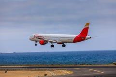 ARECIFE, ESPAÑA - ABRIL, 15 2017: Airbus A321 de IBERIA con Fotos de archivo libres de regalías