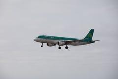 ARECIFE, ESPAGNE - AVRIL, 15 2017 : Airbus A320 d'Aer Lingus prêt Photos stock