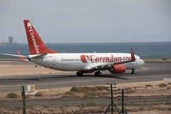 ARECIFE SPANIEN - APRIL, 15 2017: Boeing 737 - 800 av Corendon Co Royaltyfria Foton