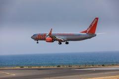 ARECIFE SPANIEN - APRIL, 16 2017: Boeing 737-800 av Jet2 med Royaltyfria Bilder