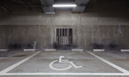 Aree di parcheggio di handicap fotografia stock libera da diritti