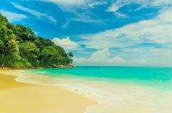 Areia do céu do mar na ilha de Tachai Foto de Stock