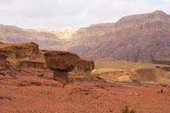 A areia do vermelho balança no parque de Timna, Israel Imagens de Stock