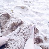 Areia em meus pés Imagens de Stock Royalty Free