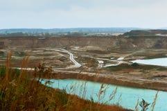 Areia, mineração, construção, reboques, máquinas escavadoras, raspadores, draga, bagger fotos de stock royalty free