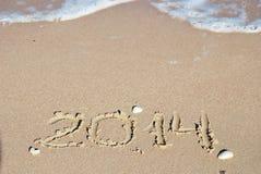 Areia número 2014 na praia Fotografia de Stock Royalty Free