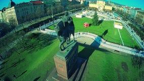 Areial van het standbeeld dat van KoningsTomislav wordt geschoten stock footage