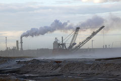 Areias de óleo, Alberta, Canadá foto de stock