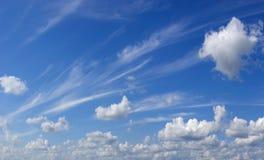 Areje nuvens. Fotos de Stock Royalty Free