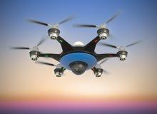 Areje o zangão com voo da câmara de vigilância no céu do por do sol Imagens de Stock