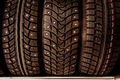 Aren op banden voor auto's en een speciaal soort loopvlak royalty-vrije stock foto's