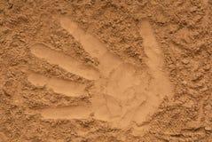 Arena amarilla, modelo de la palma, rastro de mano, impresión de la mano, im imágenes de archivo libres de regalías