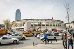 Arena de Vodafone sob a construção em Istambul, Turquia fotos de stock