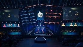 Arena, die ein Spielturnier bewirtet lizenzfreie stockfotografie