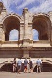 Arena e Roman Amphitheatre, Arles, Provence, França fotos de stock