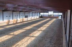 Arena interior del montar a caballo Imagen de archivo libre de regalías