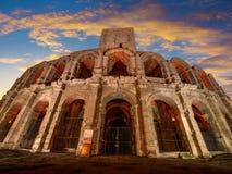 Arena och Roman Amphitheatre, Arles, Provence, Frankrike Arkivbilder