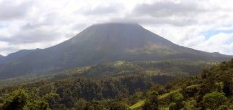 Arenal ηφαίστειο ζουγκλών volcan σε ενεργό της Κόστα Ρίκα Κεντρική Αμερική Στοκ φωτογραφίες με δικαίωμα ελεύθερης χρήσης