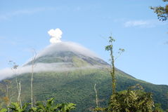 arenal vulkan Arkivbild