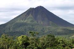 arenal vulkan Royaltyfria Bilder