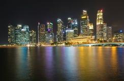 ARENAS de la BAHÍA del PUERTO DEPORTIVO, SINGAPUR - 23 de mayo de 2017: Singapur colorido C Imagenes de archivo