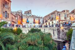 Arethusa fontanna w Syracuse, Włochy - obrazy royalty free