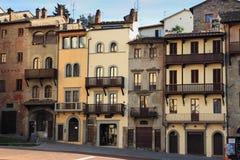 Arezzo-Häuser stockbilder