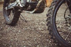 Arg motorcykel f?r hjul arkivfoto