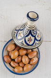 Argan φρούτα σε ένα μαροκινό tajine Στοκ φωτογραφίες με δικαίωμα ελεύθερης χρήσης