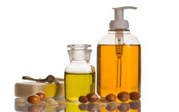 Argan olie en kosmetisch product stock afbeeldingen