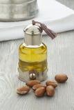 Argan olie en noten Stock Foto's
