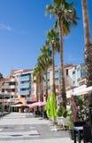 ARGELES SUR MER, ΓΑΛΛΊΑ - 9 ΙΟΥΛΊΟΥ 2016: Καφές και εστιατόριο στην περιοχή παραλιών argeles-sur-Mer Πυρηναίο-Orientales στο τμήμ Στοκ φωτογραφίες με δικαίωμα ελεύθερης χρήσης