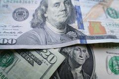 Argent américain avec billet de vingt dollars, un billet d'un dollar et cent dollars Bill Close Up High Quality image stock