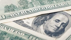 Argent américain de plan rapproché cent billets d'un dollar Portrait de Benjamin Franklin, nous macro de fragment de billet de ba Image libre de droits