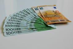 Argent, euro, bateau, argent liquide, factures Image stock
