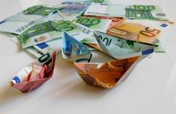 Argent, euro, bateau, argent liquide, factures Photos stock