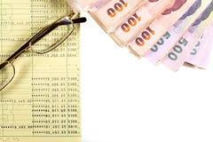 Argent liquide et compte bancaire Photo stock