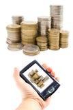 argent tenu dans la main virtuel Photo stock