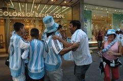 Argentijnse Voetbalventilators bij de de Voetbalwereldbeker van 2006 in Berlijn op 29 Juni, 2006 één dag vóór de kwartfinale Stock Foto