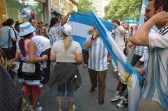 Argentijnse Voetbalventilators bij de de Voetbalwereldbeker van 2006 in Berlijn op 29 Juni, 2006 één dag vóór de kwartfinale Stock Foto's
