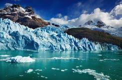 argentina glaciärspegazzini arkivfoton