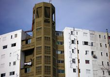 Argentinier erneuerte Wohnungen in der schlechten Seite von Buenos- Airesstadt Stockbilder